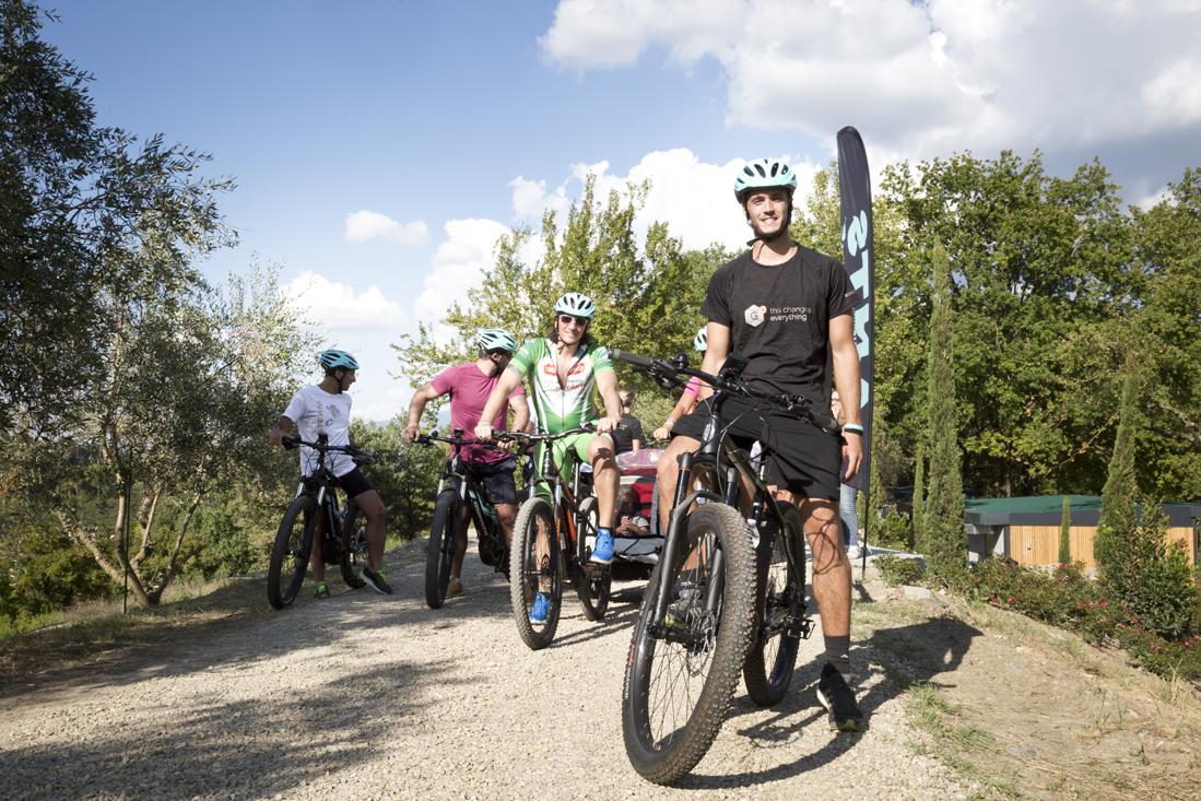 scoprire la Toscana in sella a e-bike con pedalata assistita